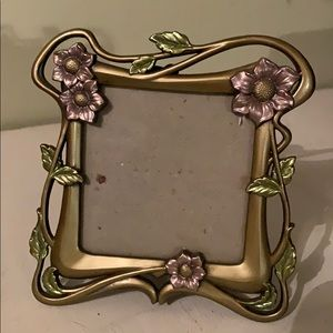 Small flower picture frame